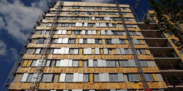 les aides personnelles au logement représentent 20 milliards d'euros de dépenses pour les caisses de l'Etat.