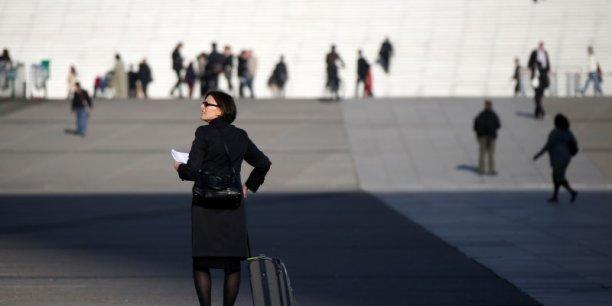 À tous les niveaux de l'échelle salariale, les évolutions de salaire sont plus favorables aux femmes qu'aux hommes, souligne l'étude.