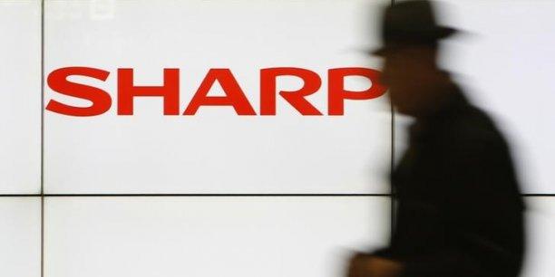 Suite à ces annonces, l'action Sharp a fini en hausse de 5,79% à la Bourse de Tokyo, jeudi.