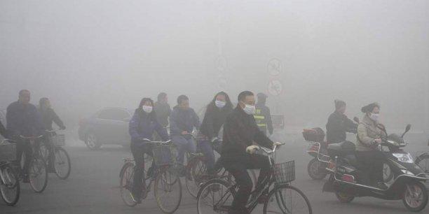 Si aucune action ambitieuse n'est engagée pour combattre la pollution, le nombre de morts prématurées en Chine se chiffrera entre 990.000 et 1,3 million en 2030.