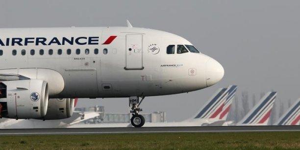 Cette distinction est le résultat d'un processus lancé depuis l'engagement pris par l'Union des aéroports de France (UAF) en 2008, dans le cadre du Grenelle de l'environnement, de réduire les émissions de CO2 et les émissions d'oxyde d'azote. Les grands groupes aéroportuaires ont pris au sérieux cette promesse.