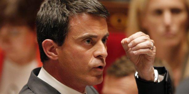 Les 18 mesures annoncées mardi 9 juin par Manuel Valls afin de favoriser l'emploi dans les petites et moyennes entreprises (PME), que le Premier ministre a surnommé Small Business Act, sont loin de faire l'unanimité, à droite comme à gauche.