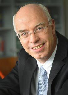 Liberto Yubero est le probable successeur de Pierre Montoriol à la présidence de Cancer Bio Santé