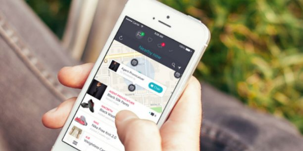 Lorsque le client se balade dans une rue et qu'un des produits de sa liste se trouve à proximité, l'application lui envoie une notification qui indique le magasin dans lequel il se trouve