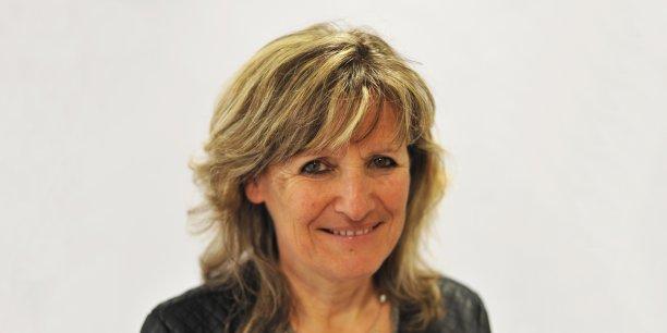 Geneviève Campan dirige la direction des services informatiques du Cnes