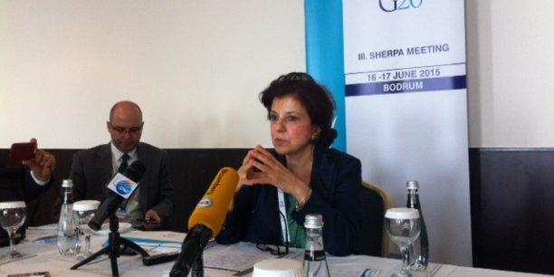 L'ambassadrice du G20 en Turquie, Ayşe Sinirlioğlu, assure que le G20 est une occasion de promouvoir la finance islamique qui constitue une opportunité pour l'économie mondiale. Ici, l'ambassadrice en conférence de presse à Bodrum, le 15 juin 2015.