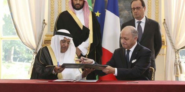 Les ministères des Affaires étrangères et de la Défense se livrent une compétition en Arabie Saoudite pour gagner des contrats