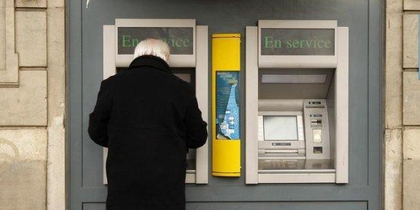 Les agences bancaires sont-elles vouées à disparaître ?