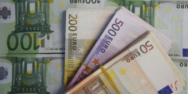 La Commission européenne ne veut pas déposer ses fonds dans les banques grecques.
