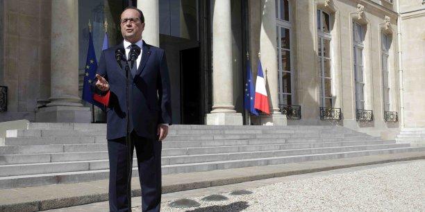 Aujourd'hui, l'économie française est robuste, bien plus robuste qu'il y a quatre ans et elle n'a rien à craindre de ce qui pourrait se produire, a assuré François Hollande.