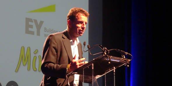Geoffroy Roux de Bézieux est vice-président du Medef, en charge du « pôle Économie »
