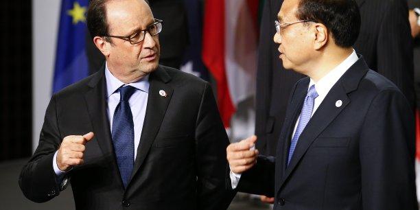 Le Premier ministre chinois, Li Keqiang (ici en octobre 2014), a présenté la contribution de la Chine à la lutte contre le réchauffement climatique au chef de l'Etat français, François Hollande, à cinq mois de la conférence de Paris sur le climat (COP21).