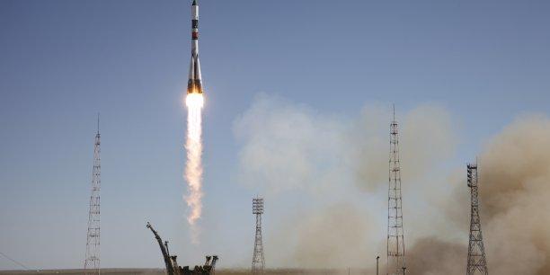 L'arrivée du vaisseau Progress dimanche, et le lancement prévu d'un vaisseau de transport japonais HTV en août, devraient permettre de reconstituer les stocks de l'ISS jusqu'à la fin de l'année.