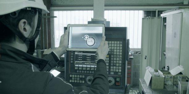 Quand le technicien de Spie scanne le tag, il a accès à une interface qui lui donne toute la documentation