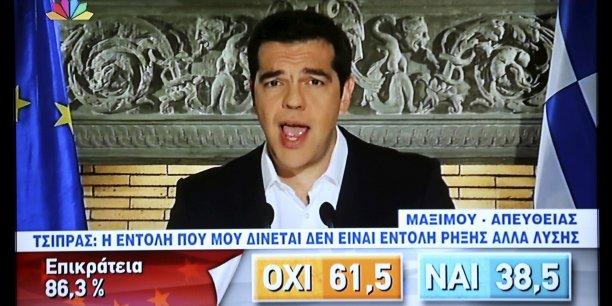 Alexis Tsipras s'est exprimé devant les Grecs dimanche soir