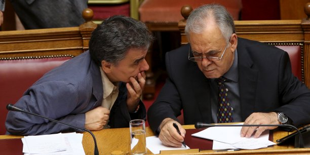 La vice-ministre grecque des finances demissionnne[reuters.com]