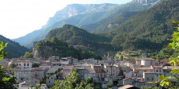Le village de Châtillon-en-Diois est médiéval.