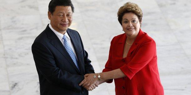 La présidente brésilienne Dilma Rousseff assurait en juillet 2014 que le Brésil n'a aucun intérêt à s'éloigner du FMI, tout en estimant que le Brésil est mal représenté au sein de l'insitution.