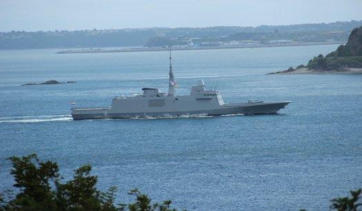 La frégate FREMM Tahia Misr qui quitte Brest pour rallier l'Egypte, est un des nombreux succès de DCNS à l'exportation
