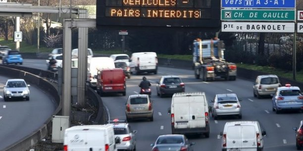 Certains usagers du RER constataient ce mardi des rames inhabituellement vides.