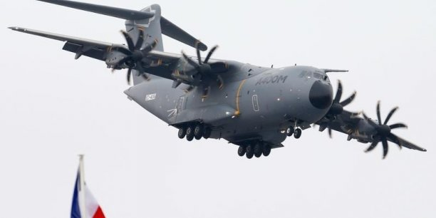 Les motoristes de l'A400M ont trouvé une solution immédiate intermédiaire en vue de régler le défaut de la boite de transmission de puissance (Propeller Gear Box ou PGB) du moteur de l'avion de transport militaire
