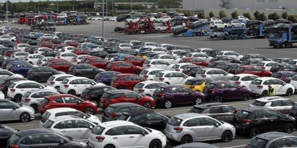 Volkswagen reste le numéro 1 des ventes et s'arroge 23,3% des parts de marché.
