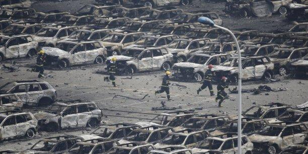 Les incendies ne sont toujours pas maîtrisés à Tianjin.