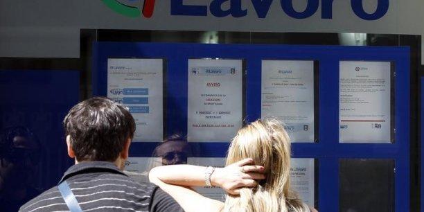 Dans l'ensemble de l'Union européenne, le taux de chômage était de 9,5% en juillet, ce qui représente quelque 23,06 millions de personnes.