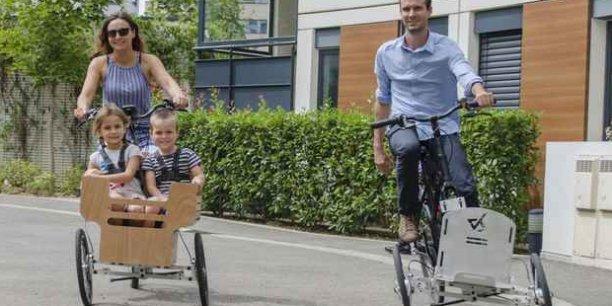 Le système inventé par Renaud Colin permet de transformer un vélo classique en triporteur.