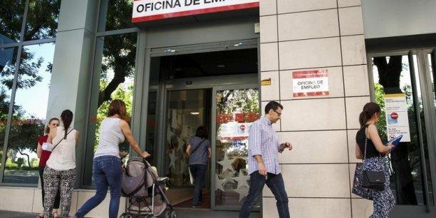 Le nombre de chômeurs en Espagne a baissé de 3,25 millions de personnes.