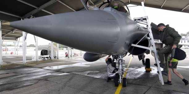 25 % de l'emploi de Mont-de-Marsan (Landes) dépendent de la base aérienne 118.