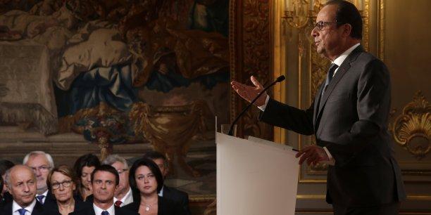 Le président de la République a confirmé que l'impôt baisserait pour 8 millions de ménages en 2016