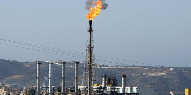 En raison de la conjoncture mondiale du marché des hydrocarbures et de la fiscalité pétrolière locale, les recettes budgétaires afficheront une baisse de 4% par rapport à 2015,