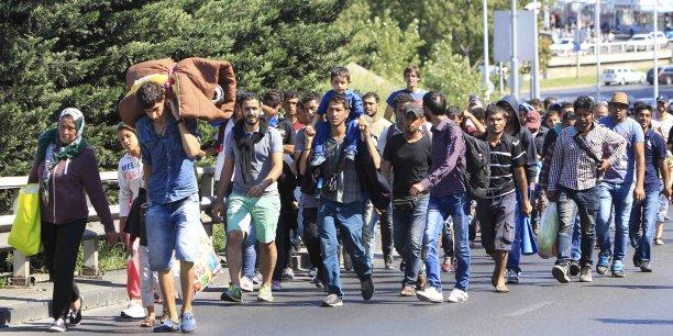 Selon les derniers chiffres de l'ONU, plus de 380.000 migrants et réfugiés sont arrivés en Europe par la Méditerranée depuis janvier.