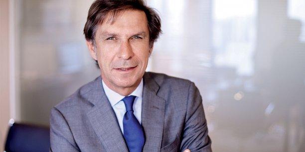 Entré chez L'Oréal en 1986, Hervé Navellou, était jusqu'à présent directeur de la division produits grand public du géant mondial des cosmétiques pour la zone Europe de l'Ouest.
