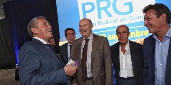 P. Saurel (à gauche) était l'invité de J-M. Baylet (au centre), malgré l'accord passé par le PRG avec le PS, lors du congrés tenu les 19 et 20 septembre à Montpellier