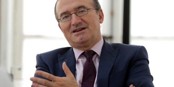 Hervé Mariton se considère comme le seul candidat à la primaire de la droite  réellement libéral sur les questions économique et conservateur sur les questions de société