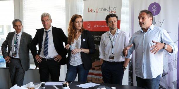 Ludovic le Moan, président de l'IOT Valley (à droite) a présenté en compagnie de ses partenaires la feuille de route de l'association.