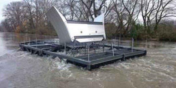La première hydrolienne fluviale raccordée au réseau électrique sur la Loire près d'Orléans