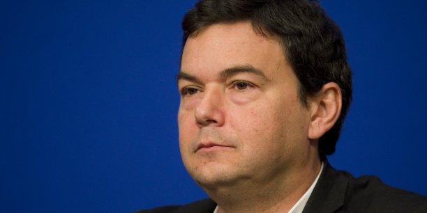 Thomas Piketty s'est dit très heureux d'assister le Labour dans la construction d'une politique économique qui aide à s'attaquer aux problèmes les plus importants rencontrés par les gens au Royaume-Uni.