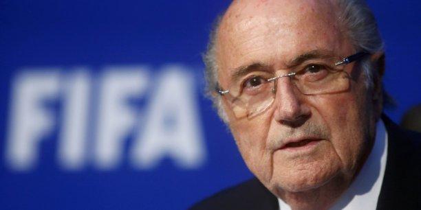 Le président de la Fifa Sepp Blatter doit démissionner immédiatement, a annoncé le géant de la restauration rapide McDonald's