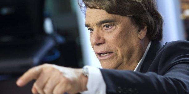 La cour d'appel de Paris a condamné jeudi 03 décembre Bernard Tapie à restituer 404 millions d'euros (285 millions sans les intérêts) au Crédit Lyonnais,sur le litige qui les oppose autour de la revente d'Adidas, il y a 20 ans.