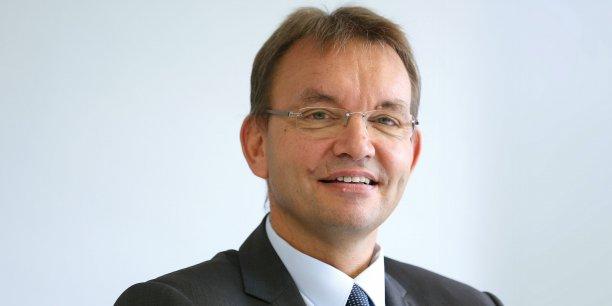 Antoine Jouin est vice-président d'Aerospace Valley et président de Continental Automotive France.