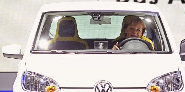 La chancelière allemande Angela Merkel en 2011 lors du salon de Francfort.