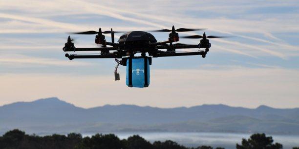 Le Stork-X8 permettra de tester des transports d'échantillons biologiques et de médicaments entre les différents centres hospitaliers bordelais mais aussi de livrer des trousses de premiers secours sur les sites d'accidents.