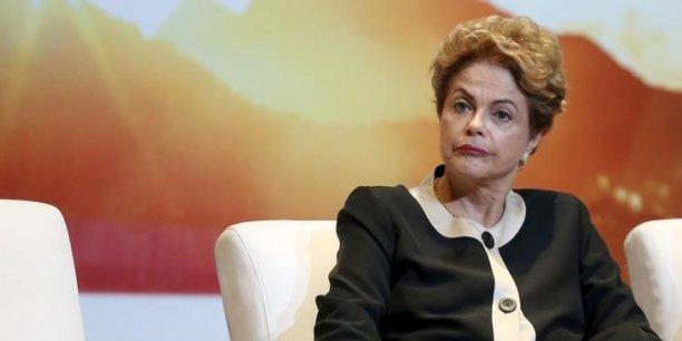 Dilma Rousseff aurait maquillé les comptes publics 2014 alors qu'elle était en pleine campagne pour sa réélection.