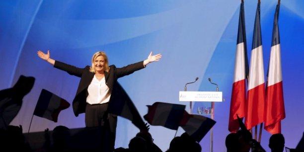 Le programme du Front National en faveur de l'emploi semble daté. Il méconnaît des mesures déjà applicables en France, notamment sur la préférence nationale.