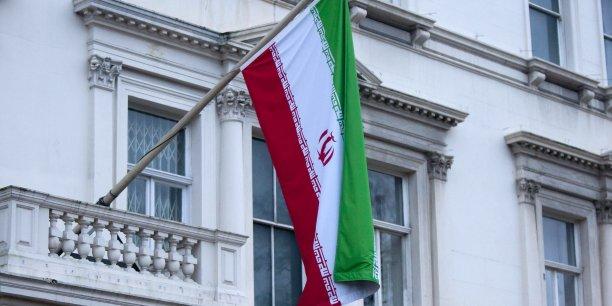 L'accord implique une plus grande ouverture de l'Iran aux marchés internationaux et des opportunités économiques. Selon Bank of America, le dégel des actifs à l'étranger pourrait rapatrier près de 100 milliards de dollars dans le pays