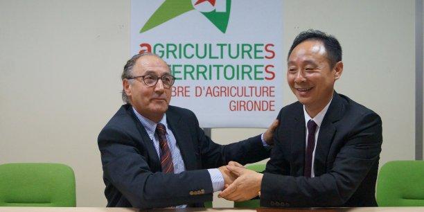 L'Association viticole franco-chinoise est coprésidée par Bernard Artigue, président de la Chambre d'agriculture de la Gironde et Jinbao Huang, propriétaire du Château Lugagnac