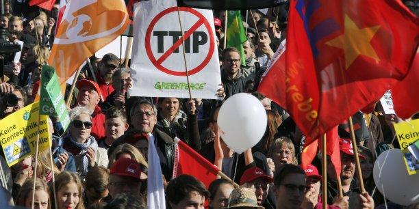 En Allemagne, les organisateurs de la manifestation anti-TTIP attendaient entre 50 000 et 100 000 participants.